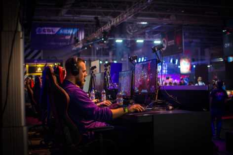 how you can break into the gaming industry
